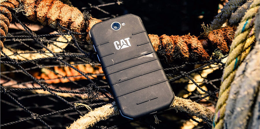 cat s31 rugged waterproof water resistant smartphone