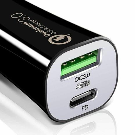 ESR USB-C & USB Car Charger - Black